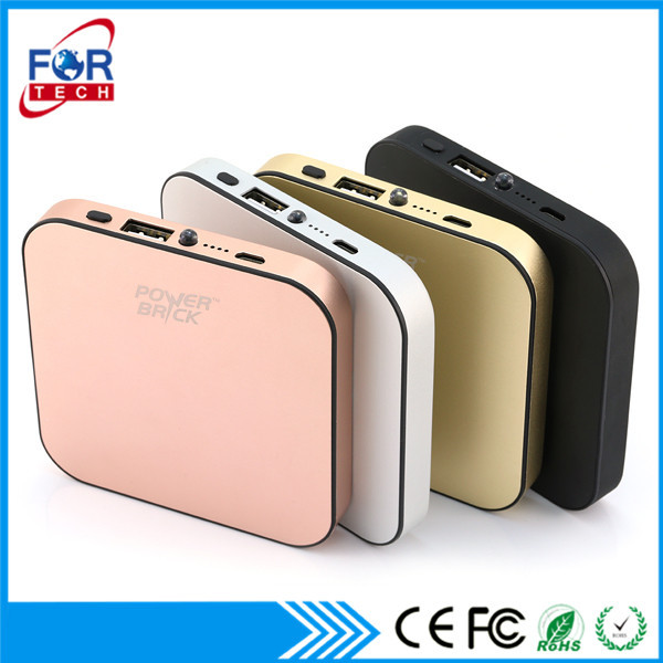 High Quality Electronic Gifts Universal Power 2 In 1 Charger Cable Bank Power Bank Mobile Charger 4000Mah