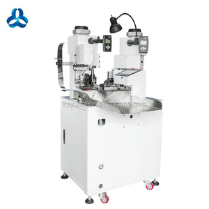 Automatic terminals/connectors crimping machine