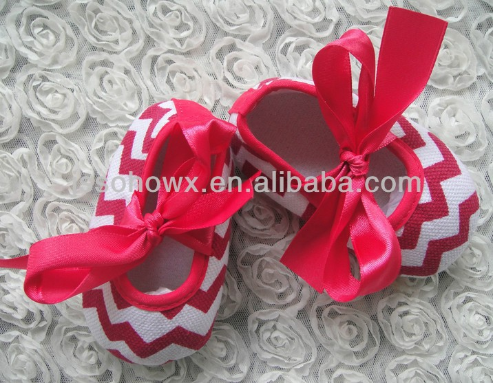 red chevron pattern shoes for newborn baby, cute shoes for babies
