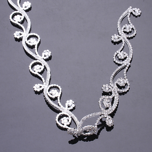 Excellent quality flower crystal trimmed wedding decoration wholesale rhinestone ribbon