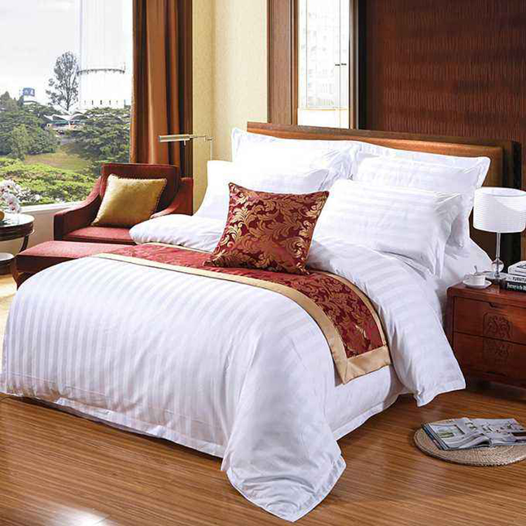 China Elegant Plain Style high quality home goods printed feather bedding duvet cover set