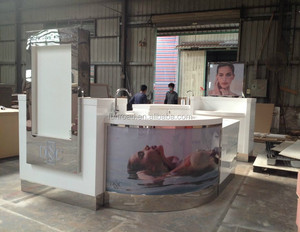 High Quality Cosmetic display unit in Shopping Mall