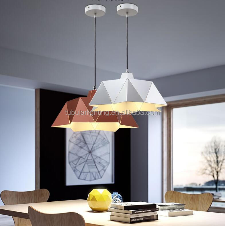 Modern design energy saving iron vertigo pendant lamp bar with e26 e27 led edison bulbs