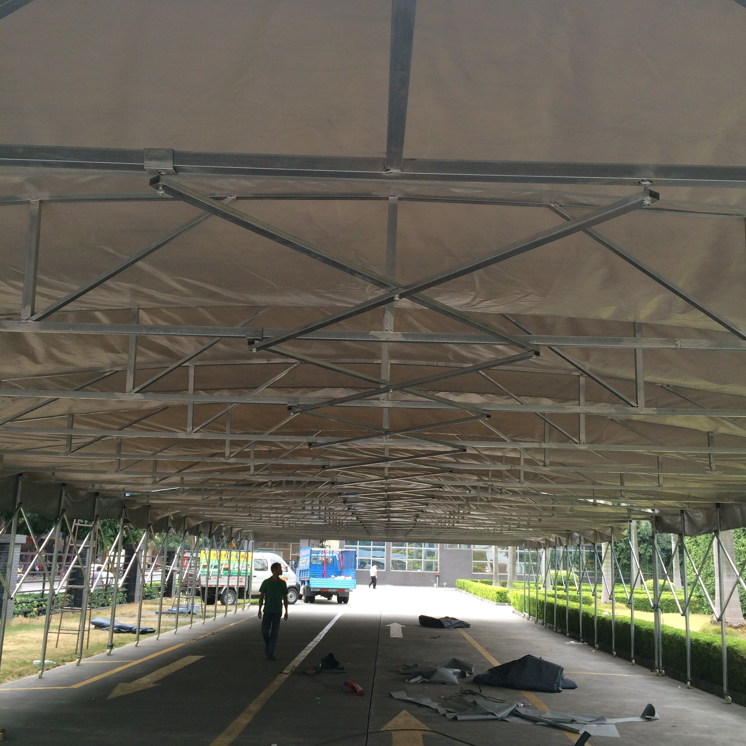 Chinese high quality Customized big event tent retractable Storage Tent outdoor
