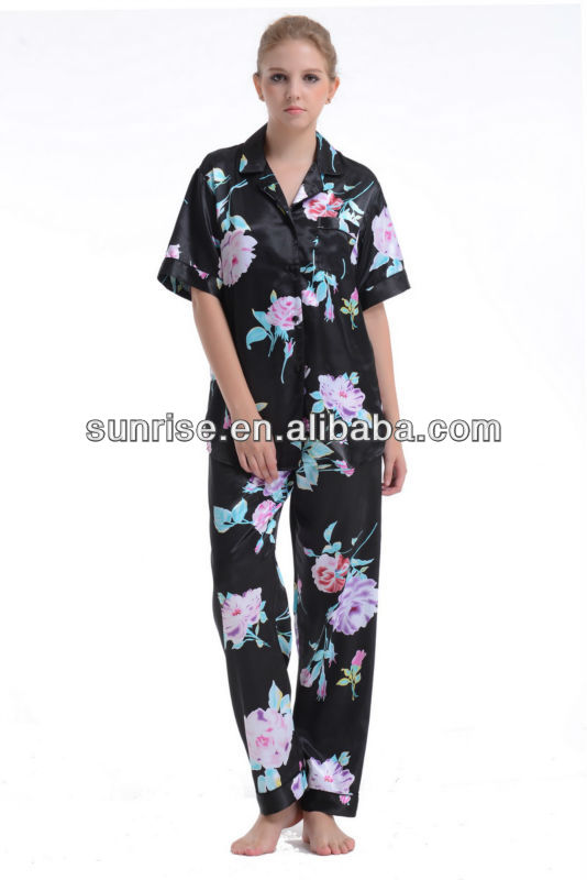 Peony printed satin short sleeve pajama set for women