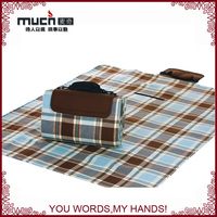 High quality easy to receive folding beach mat waterproof blanket picnic mat