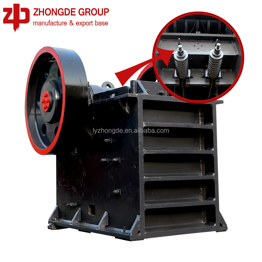 2018 Hot Selling Diesel Engine Gold Mining Equipment / Portable Crusher / Small Diesel Engine Jaw Crusher