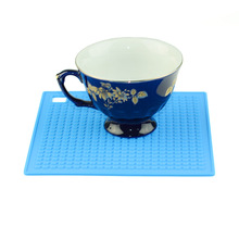 China Supplier Hot Pads Non-slip Silicone Insulation Table Mat Silicone Square Shape Trivet Mat