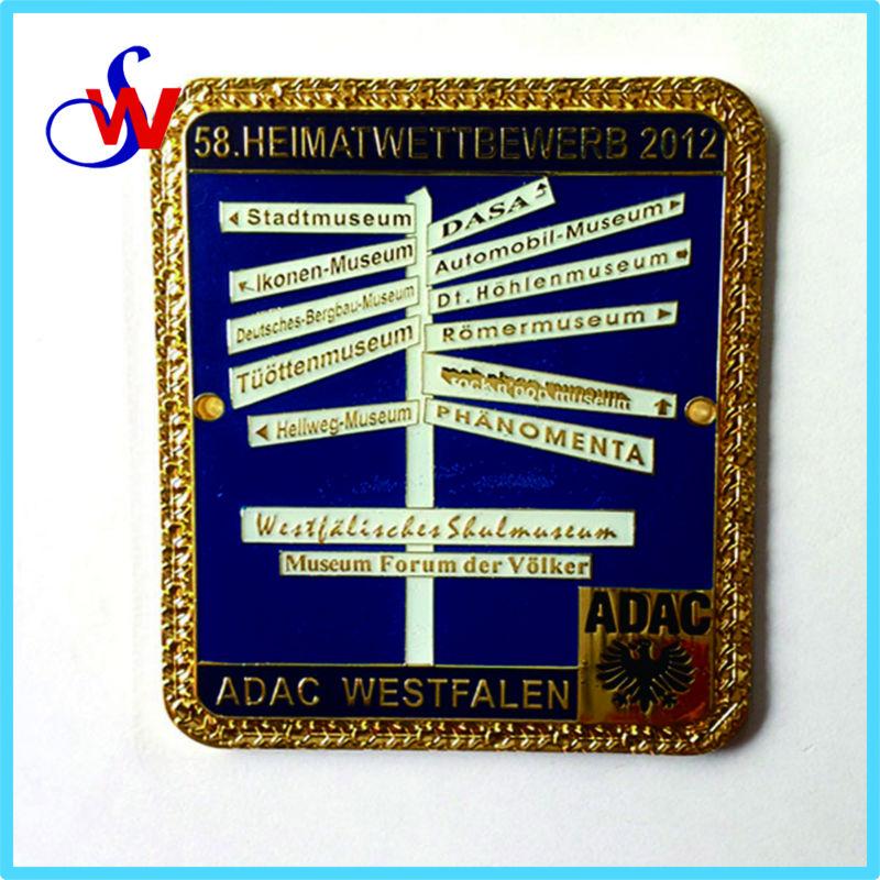 Special Metal Lapel Pin Badge