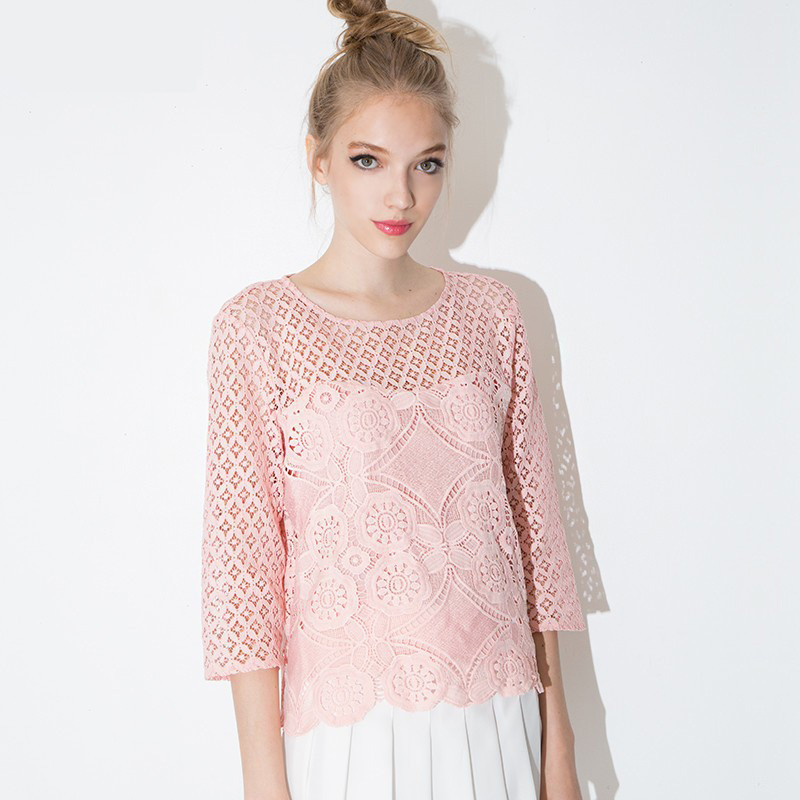 Autumn 2015 Fashion sexy Crochet Lace t-shirt women Seven points Sweet princess style hollow out t shirt Bottoming Lace shirt