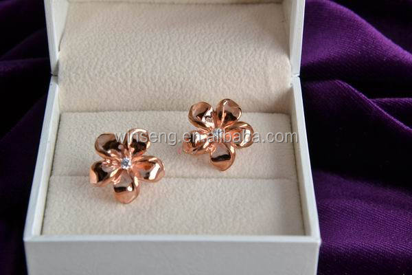 925 Sterling Silver Rose Gold Plated Flower Earrings with Crystals from Swarovski Zirconia