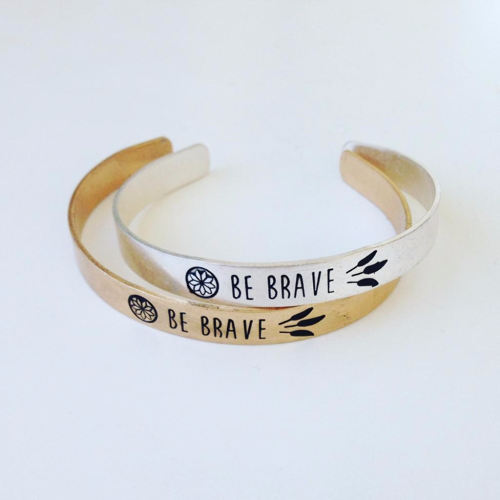 Message Be Brave Bangle Bracelet Stainless Steel Metal Custom Inspirational Engraved Jewelry S1 0038