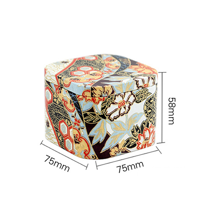 Free sample Special Design Widely Used Square Tin Can Is Used To Hold The Tea
