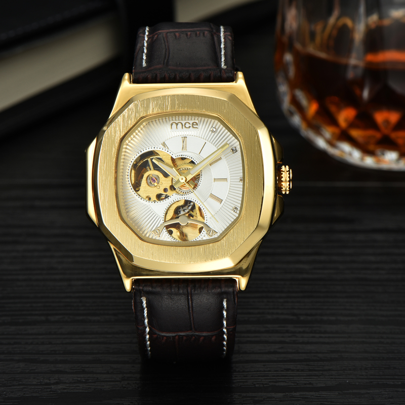 Alloy Details Watch Men Leather Automatic Watches