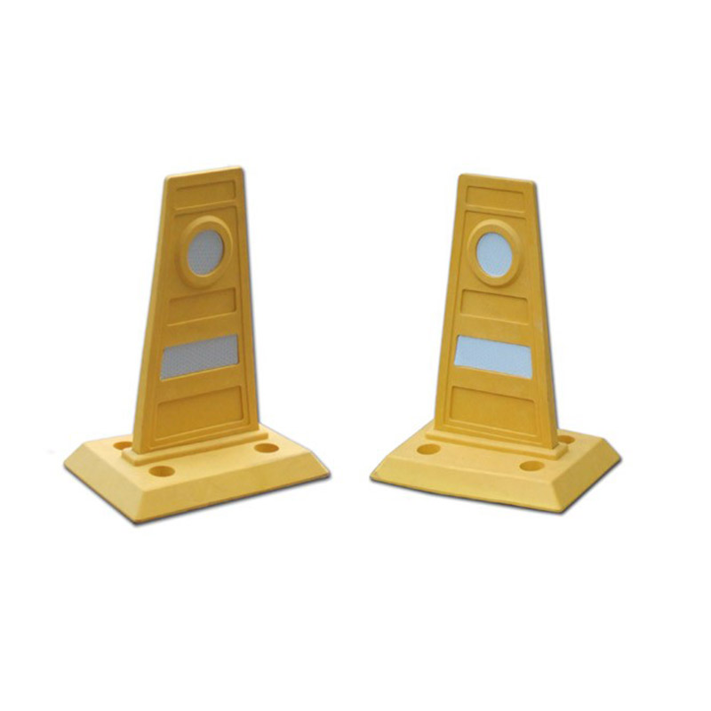 Plastic Pedestrian Barrier/Parking Dividers/Plastic Traffic Road Divider