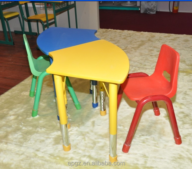 C Shape Children Table And Chair Set Hand Painted Kids Chairs Of Daycare