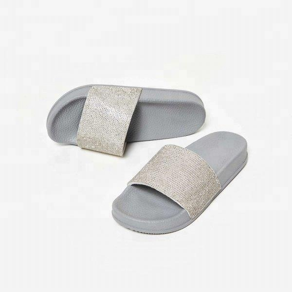 China Cheap Slides Grey Rubber Diamante Slider Women Sandals Rubber Crystal Slipper