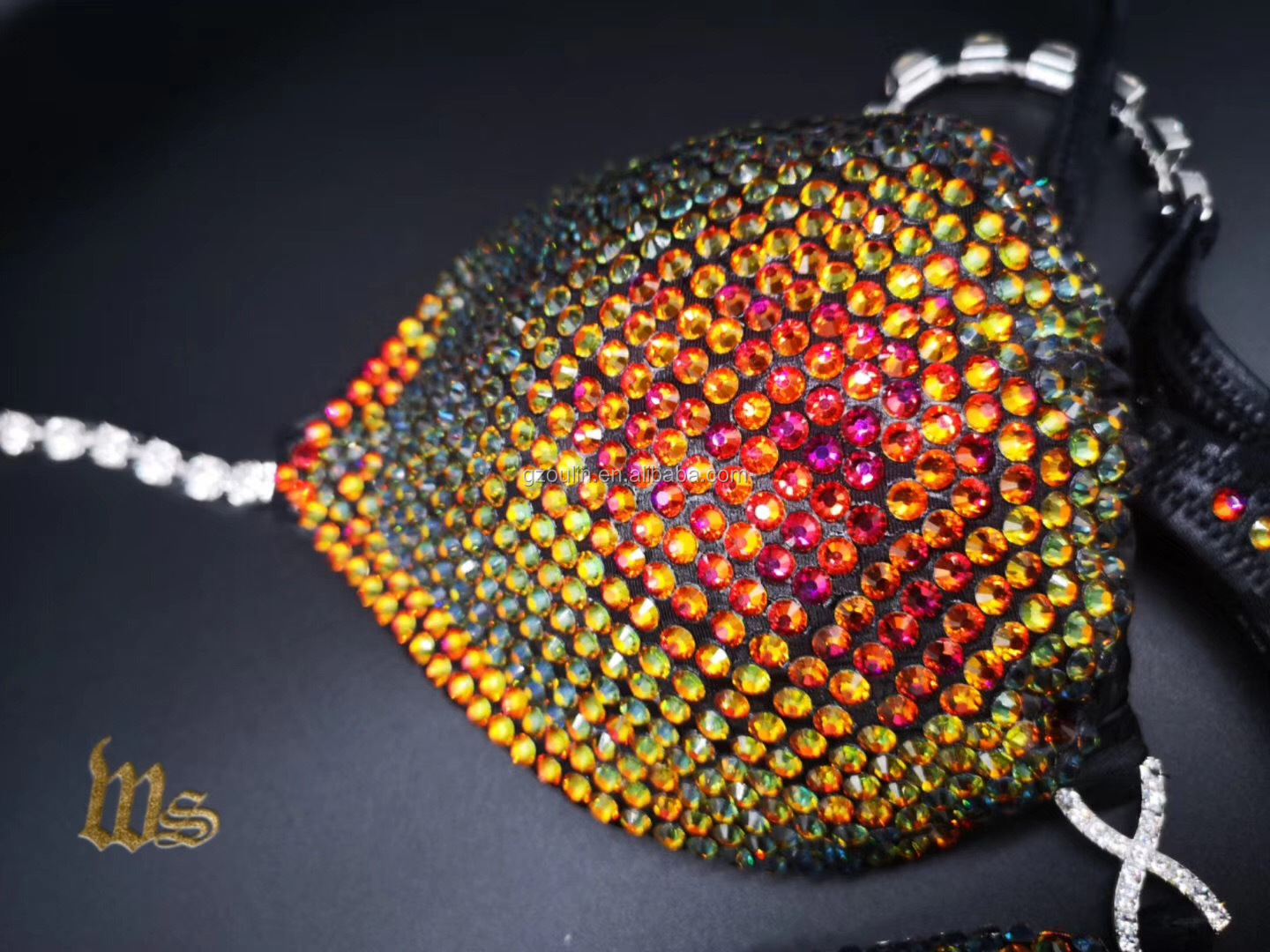 Hot fix rhinestones designs using on bra can be customized different size bra accessory rhinestones types