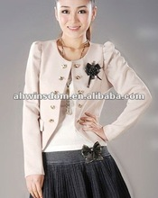 Ladies fashion puff sleeved short suit