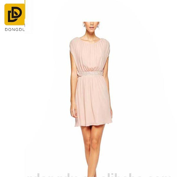 Crew neckline regular fit pleated dress for lady dresses /elegant pink o neck cut out the back skater dress