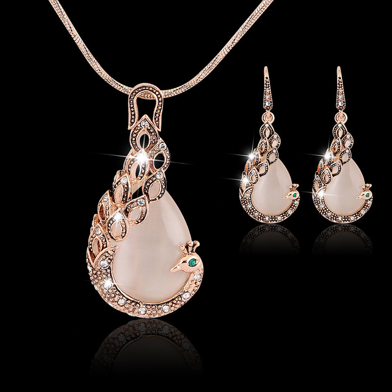 Wholesale Rose Gold Peacock Pendant Necklace Earring Set Pink Crystal Cat Eye Stone Animal Pendant Jewelry Set