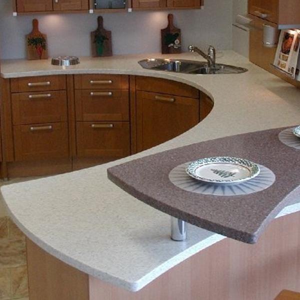 Hoogte gepolijst zwart graniet aanrecht in de keuken werkbladen ...
