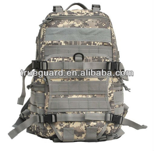 Tactical MOLLE Hydration Pack