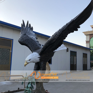 Outdoor flying large brass bronze metal eagle sculpture statue for wings