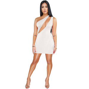High Quality One Shoulder Front Cut-out Sexy Mini Dress
