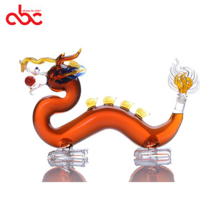 500ml 1000ml 1500ml 2500ml Handblown Borosilicate Dragon Shaped Clear Glass Decanter Dragon Animal Shaped Glass Wine Bottle