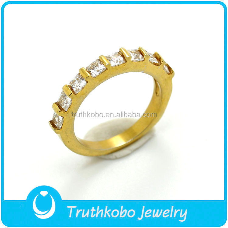 TKB-R0045 The Newest Fashion Gold Lined Up Diamonds 316L High-Quality Stainless Steel Wedding Rings