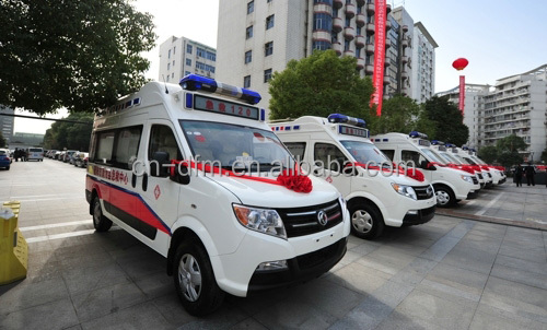 Dongfeng Emergency Ambulance 4x2