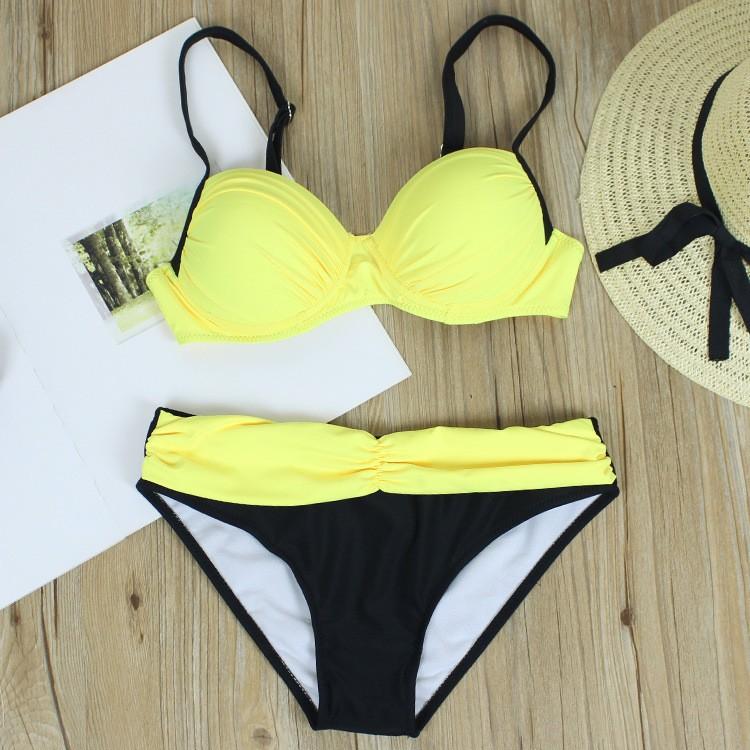 08b86e4b3d509 Padded Tassels Bikini