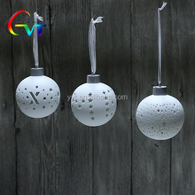 Factory White Ceramic Christmas Tree Ornaments Christmas Ball Ornaments
