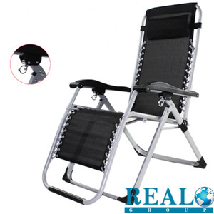 Wholesale popular foldable beach chair easy carrying sun lounger folding zero gravity chair