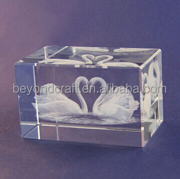 laser engraved animal crystal,inner etched swan crystal crafts