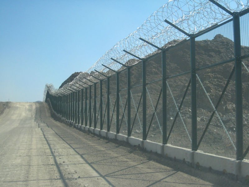 Chainlink Fencings Champions Suppliers In Uae Chain Link
