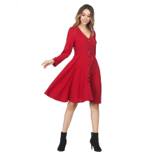 Private Label Red V Kragen Front Tasten Frauen Kleidung Skater Kleid