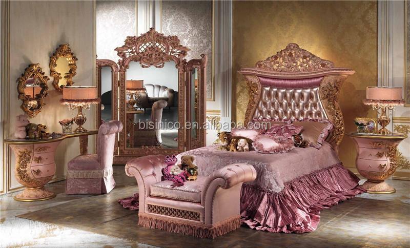 Italienische antike geschnitzte schlafzimmerm bel aus holz for Garderobe italienisches design