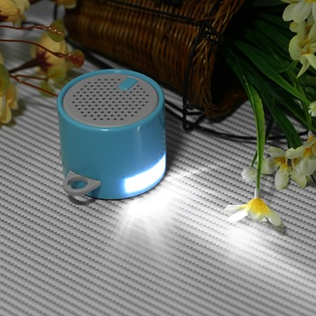 Low cost portable mini bluetooth speaker LED torch bluetooth cheap speaker with phone stand