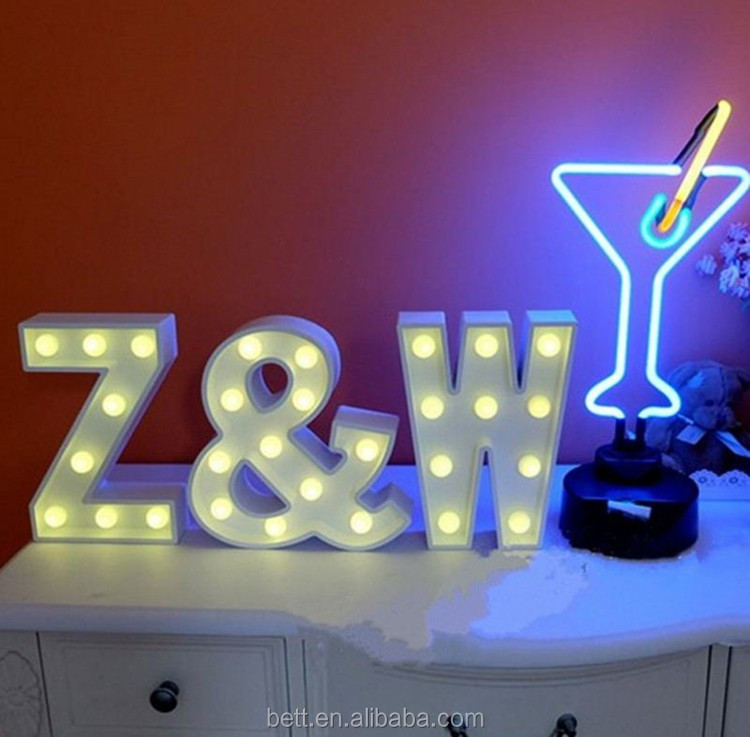 Indoor decoration nine inch free standing light up love letter marquee letter light