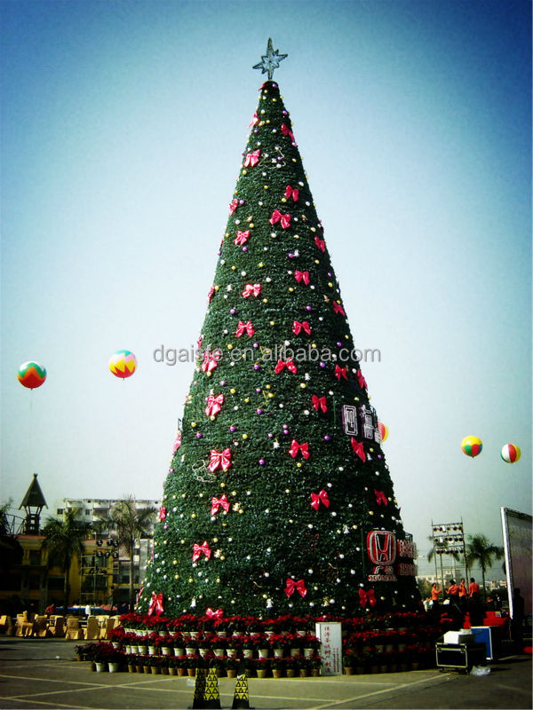 Artificial 10 M Tall Christmas Trees ( Use For Hotel / Home / Part ...