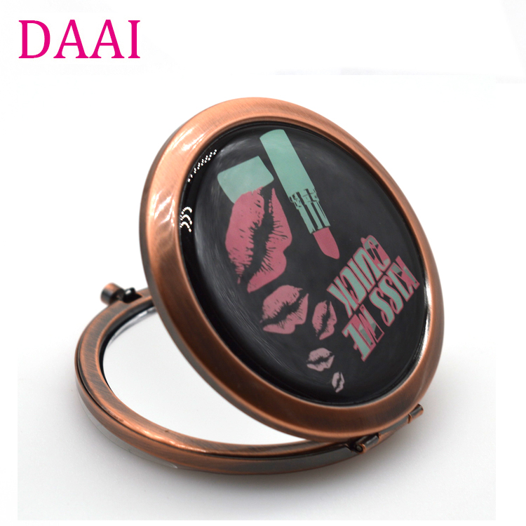 Souvenir Compact Makeup Hand Mirror Custom Logo Diamond Shape Rose Gold