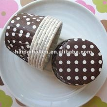 brown with white polka dot cupcake case