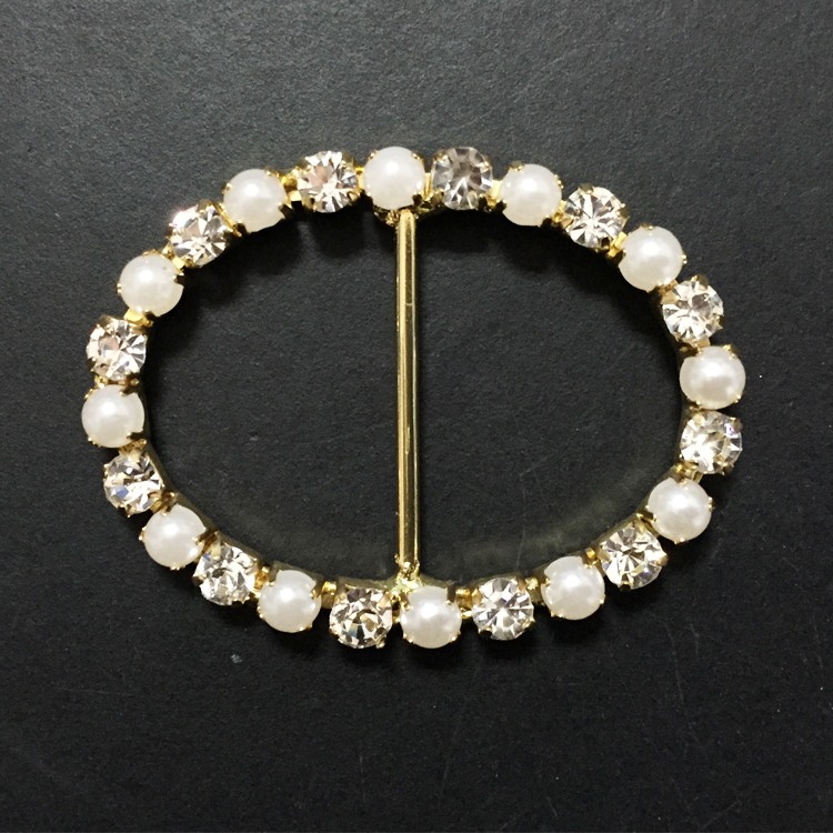 cheap price rhinestone and pearl crystal oval shape <strong>buckles</strong>