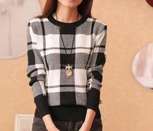 custom fashion european UK checked couple knit pullover sweater