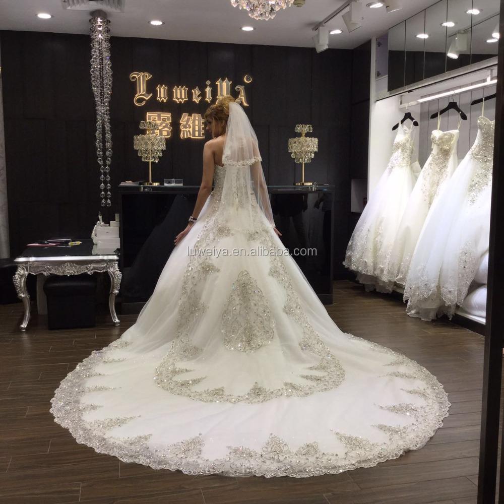 1331649a0 مصادر شركات تصنيع الكريستال مطرز فساتين الزفاف قطار طويل والكريستال مطرز فساتين  الزفاف قطار طويل في Alibaba.com