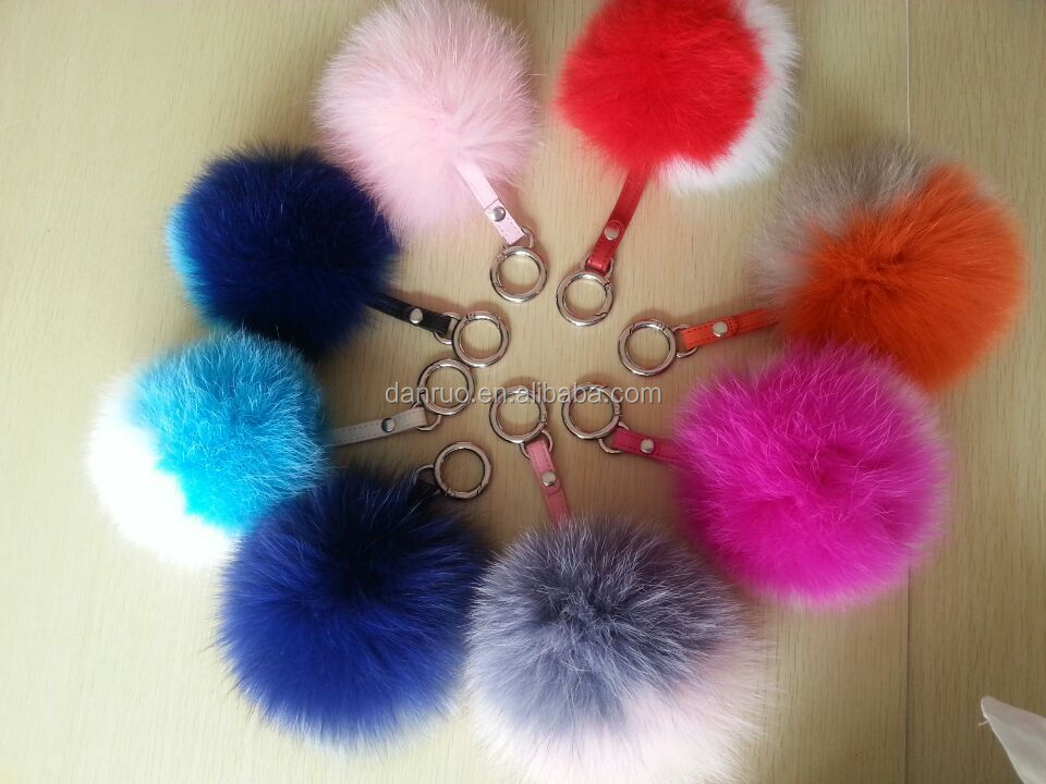 2016 Fluffy and soft real fox fur pom poms for accessories