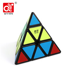 Qiyi qiming 95mm pyramid puzzle speed cube plastic new toys 2019 for beginner