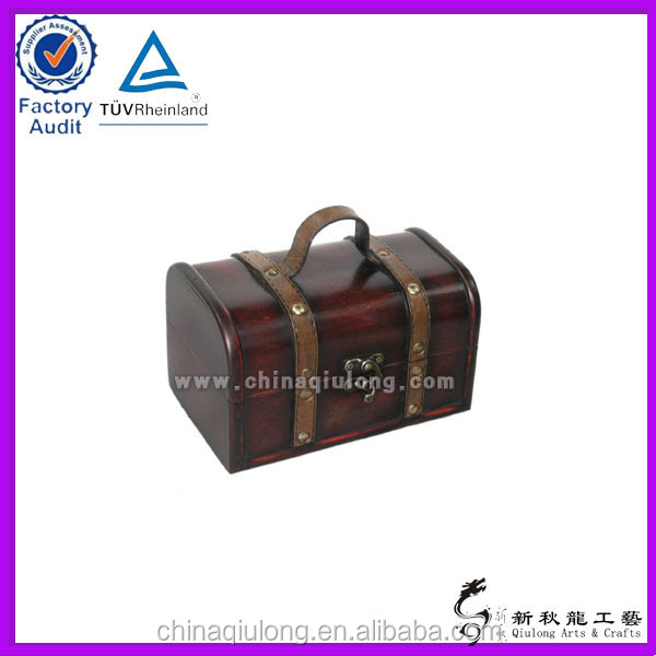 leather wine carrier for packing art minds wooden box